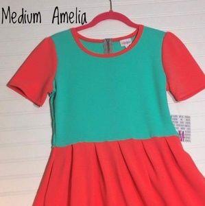 Medium Amelia